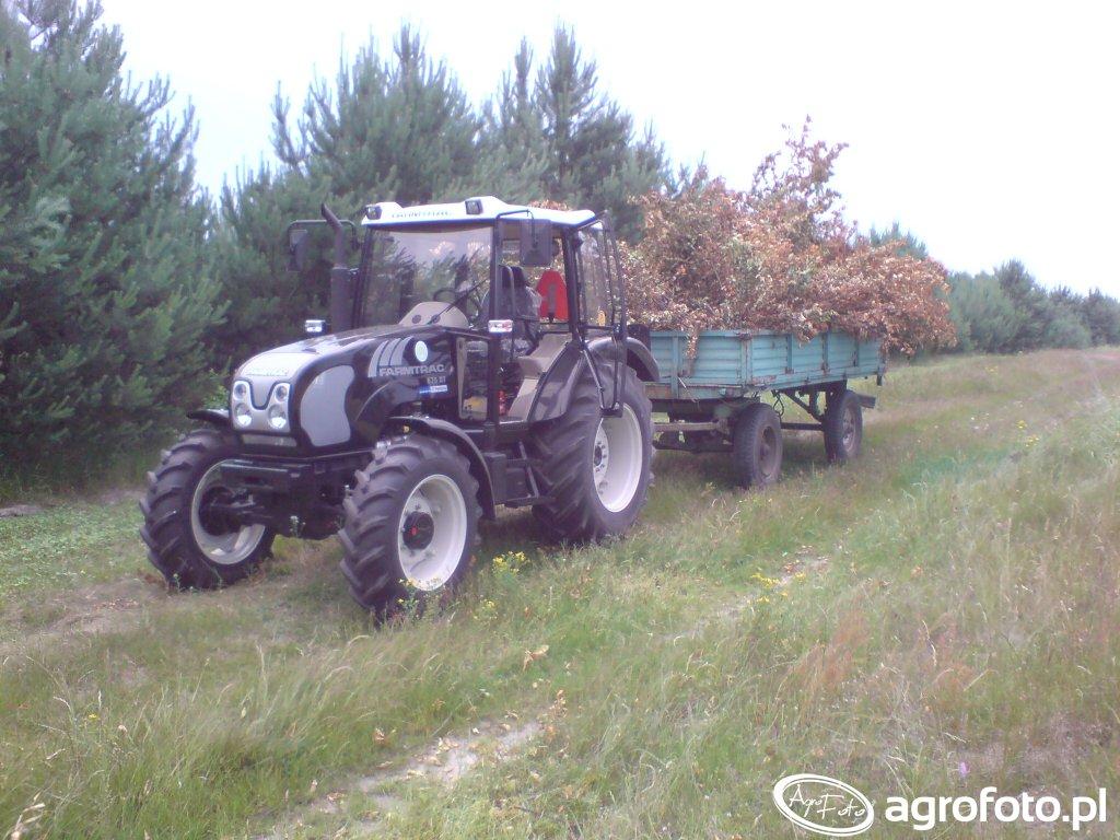Farmtrac 675DT + przyczepa