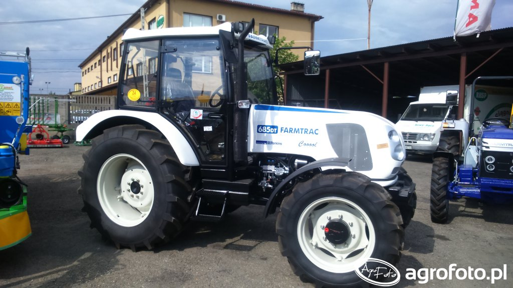 Farmtrac 685 dt Cool