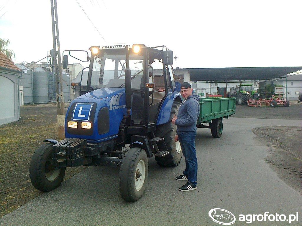 Farmtrac 70 & Przyczepa