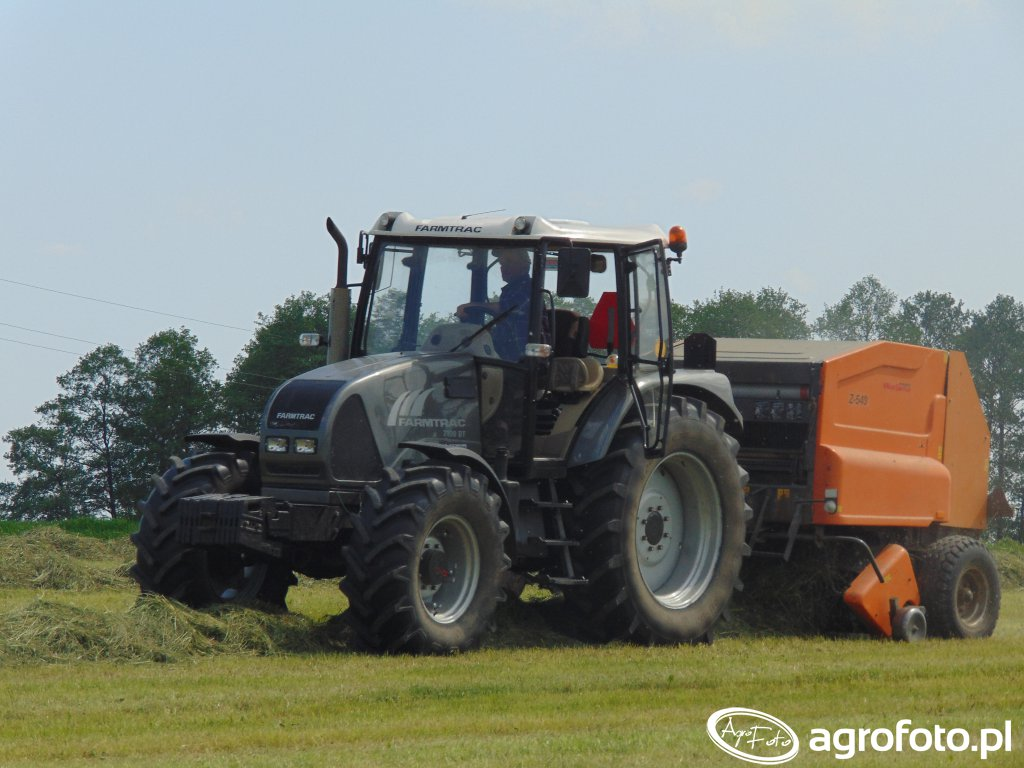 Farmtrack 7100DT & Warfama Z-543