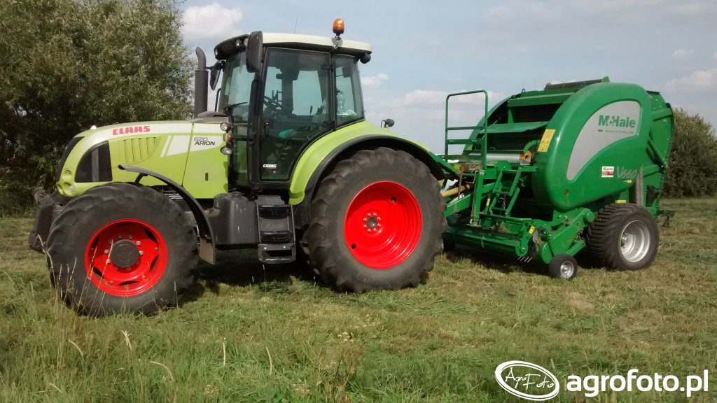 Claas Arion 620 Cebis + McHale V660