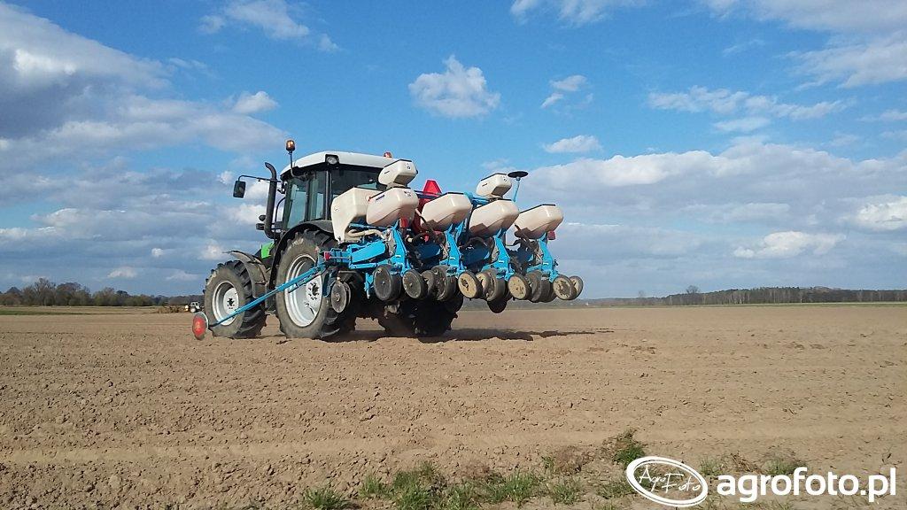 Monosem NG Plus4 & Deutz-Fahr Agrofarm 85