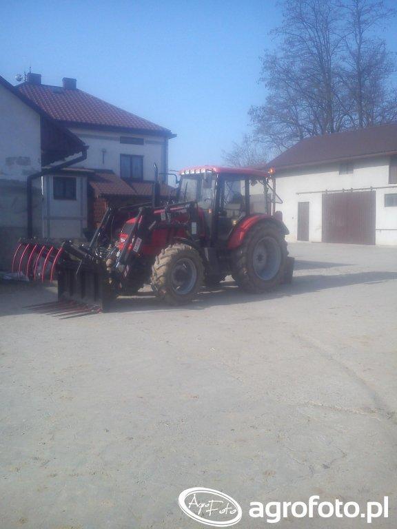 Farmer 8244 + Ładowacz Agromasz