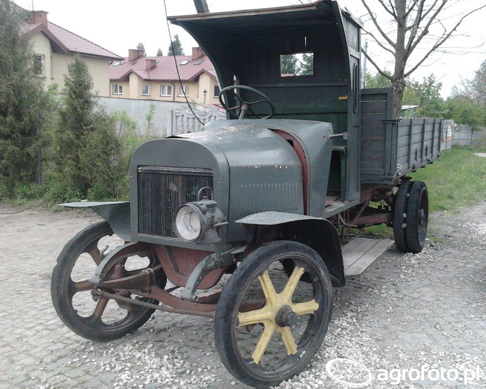 Daimler 1913