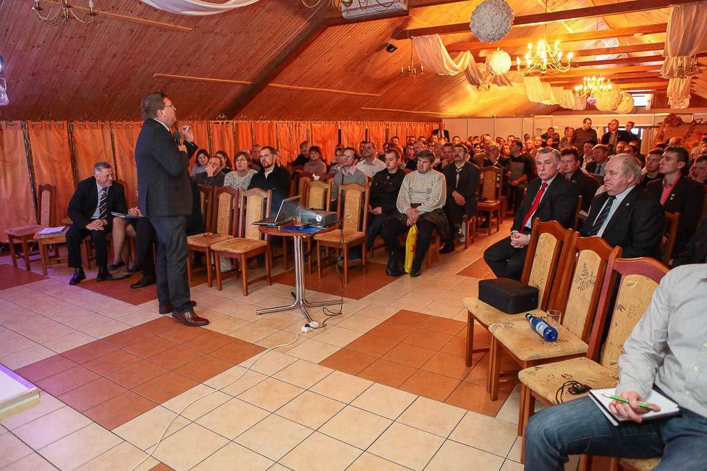 prof. Dr hab. Włodzimierz Nowak Uniwersytet Przyrodniczy Poznań- Podlaskie Forum Bydla 2013 20131123 5283