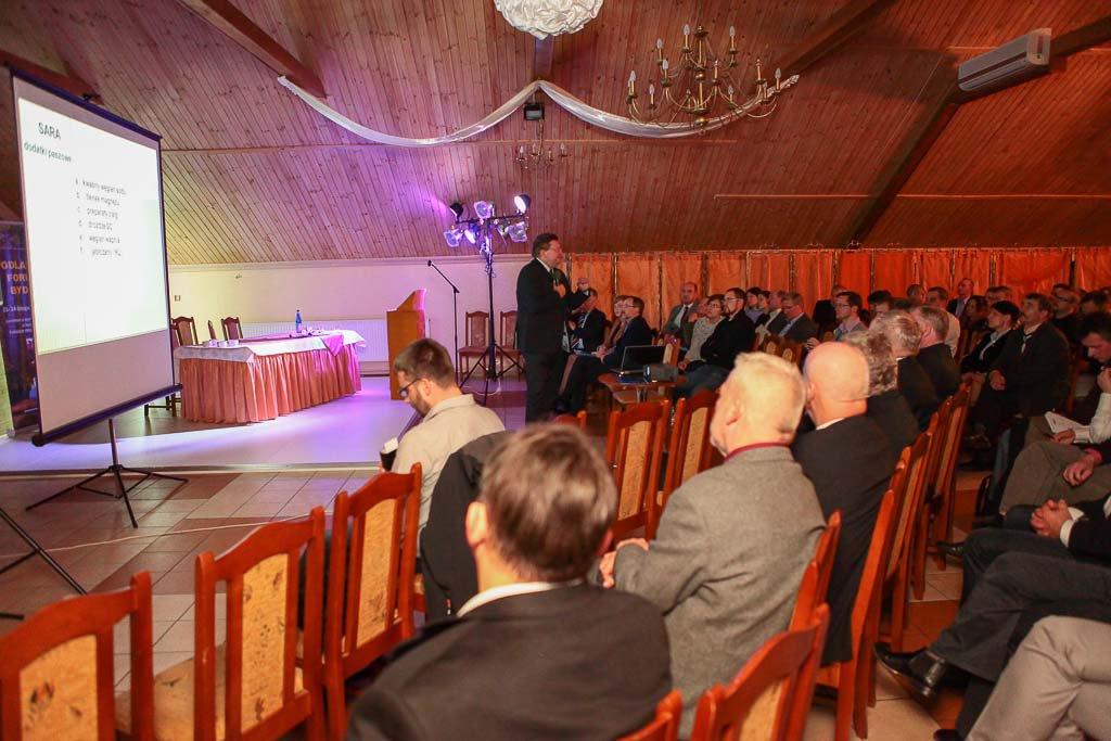 prof. Dr hab. Włodzimierz Nowak Uniwersytet Przyrodniczy Poznań- Podlaskie Forum Bydla 2013