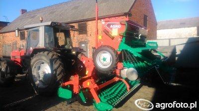 Massey Ferguson 3080 i zestaw uprawowo siewny Agro-Masz 3m