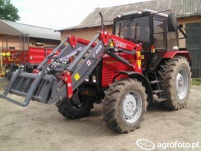 Belarus 820 + Metal Fach T229