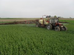 Belarus 1221.1 + Hardi Commander 5000 plus