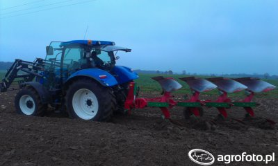 New Holland T6 165 & Unia IBIS XLS