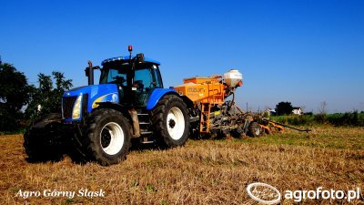 New Holland TG 285 & Mzuri Pro-Til 4T