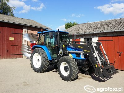 New Holland TL90A + Unia Ibis L 3+1 Long Premium