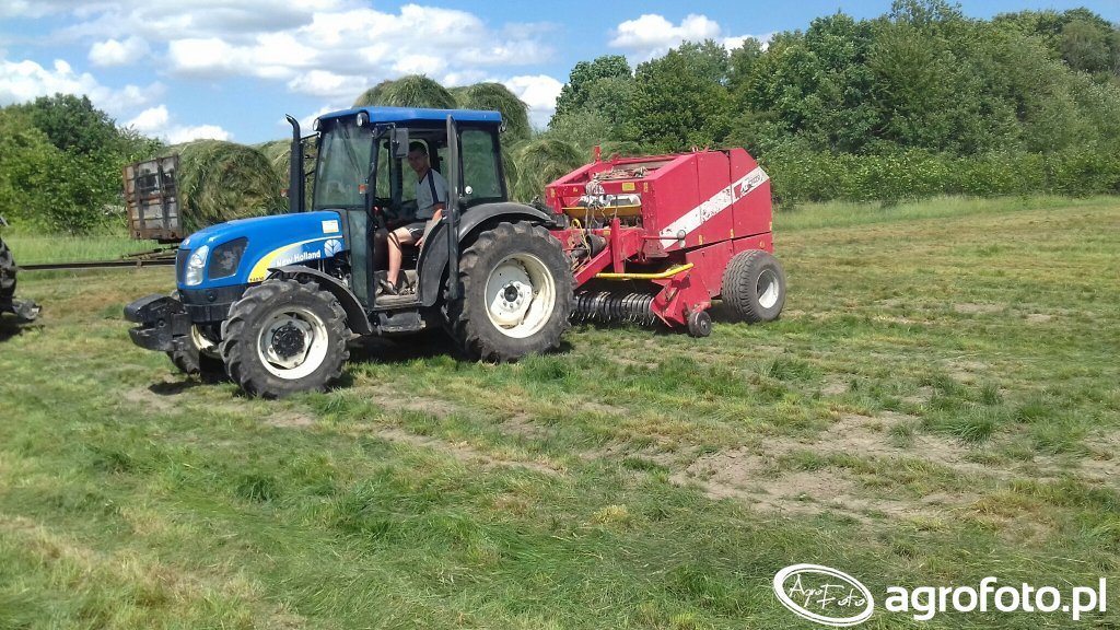 New Holland t4030 deluxe i Metal-Fach Z-562