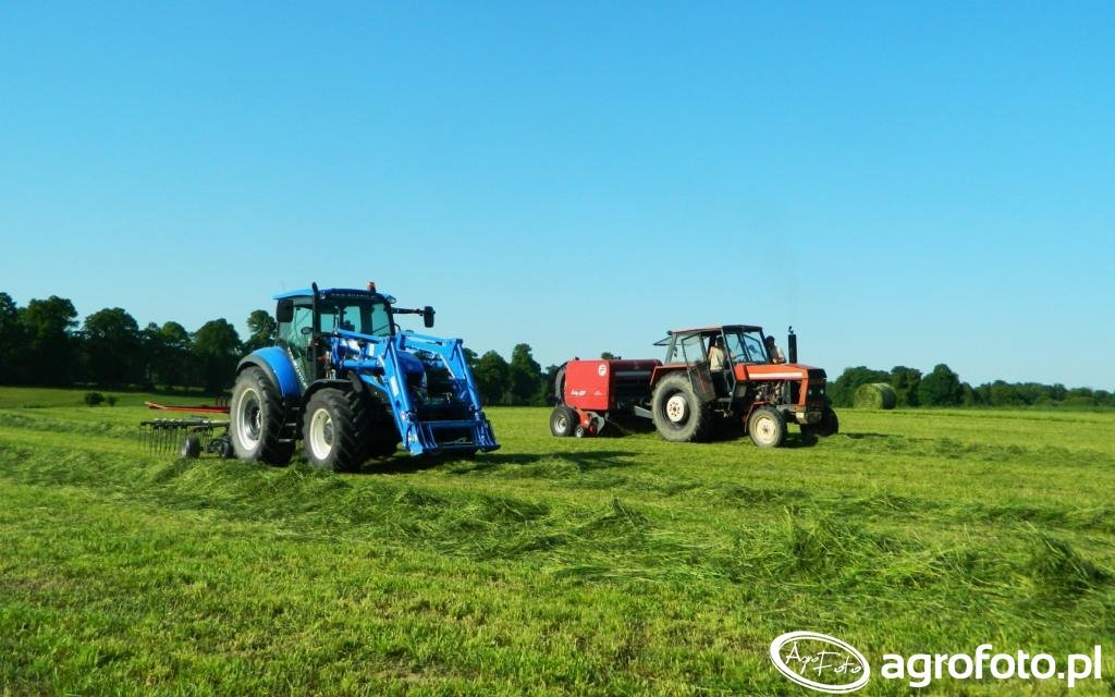 New Holland T5.105 DC / JF Stoll 420 DS / Ursus 912 / Feraboli-Entry 120