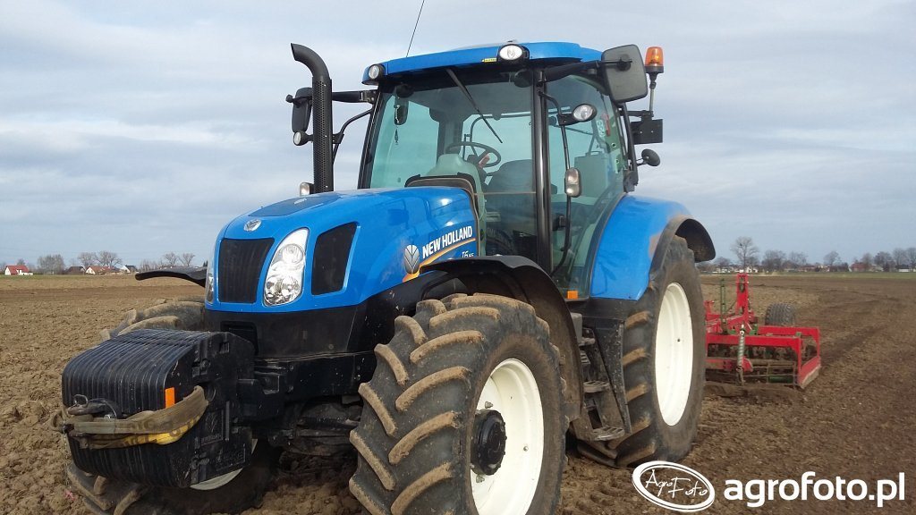 New holland t6 Unia atlas