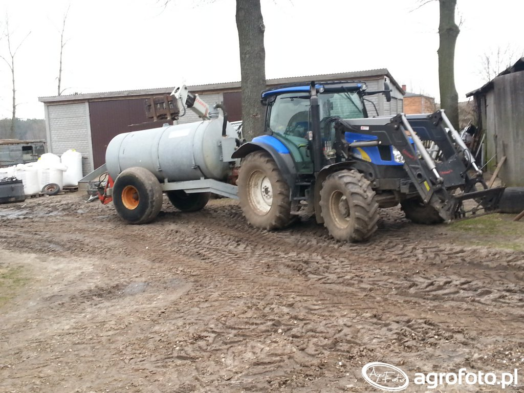New Holland T6010 + beczka