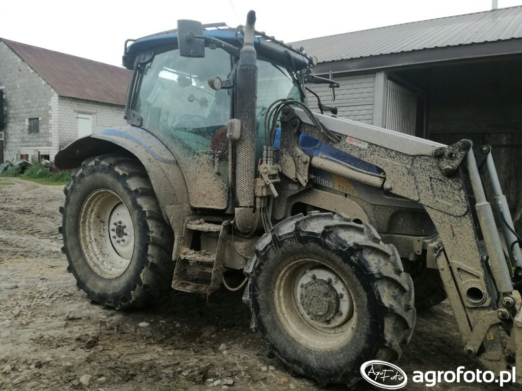 New Holland T6010