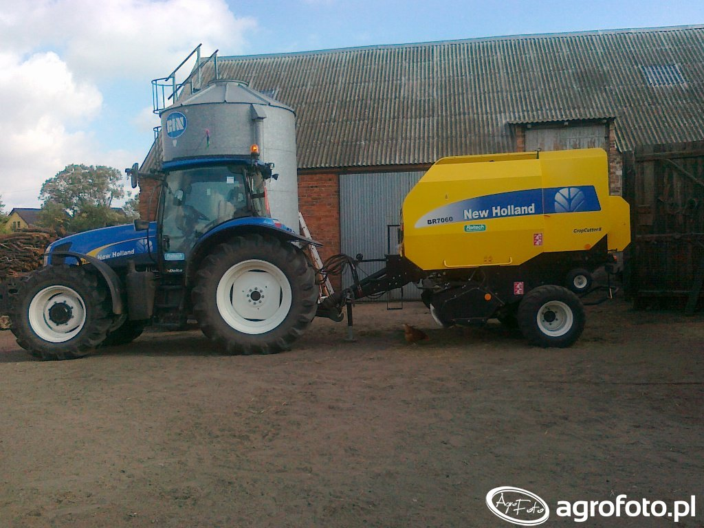 New Holland T6030 i BR7060 CC