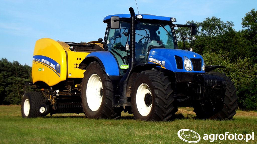 New Holland T6.165 & NH Roll Belt 150C