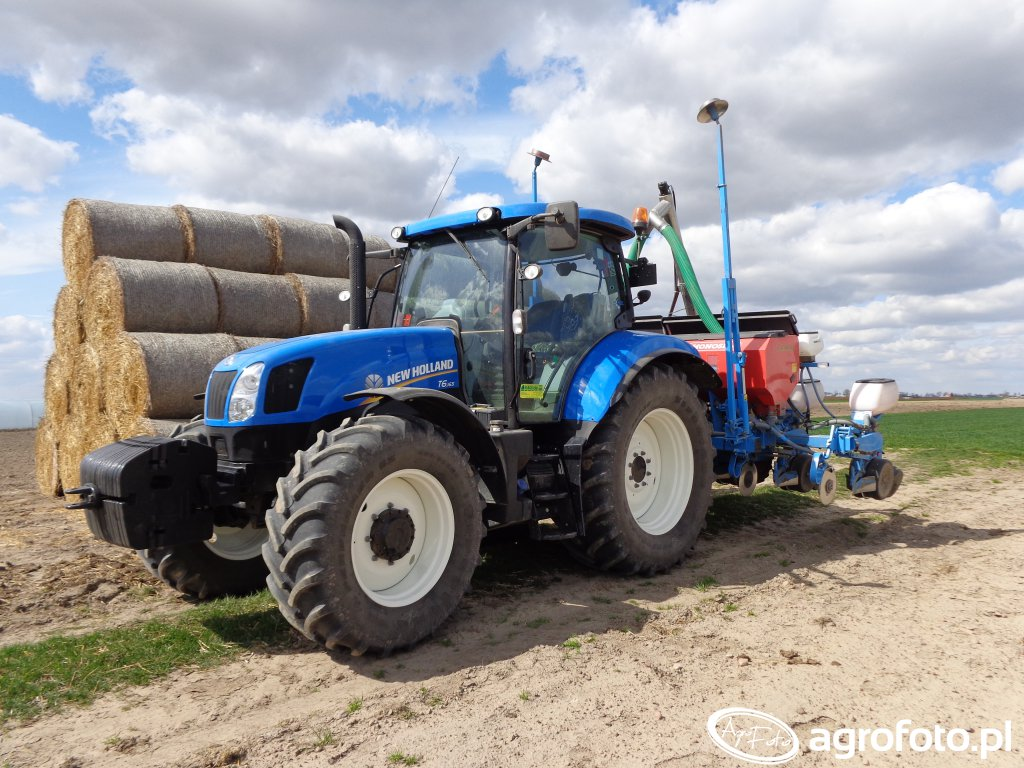 New Holland T6.165 & Siewnik Monosem 6