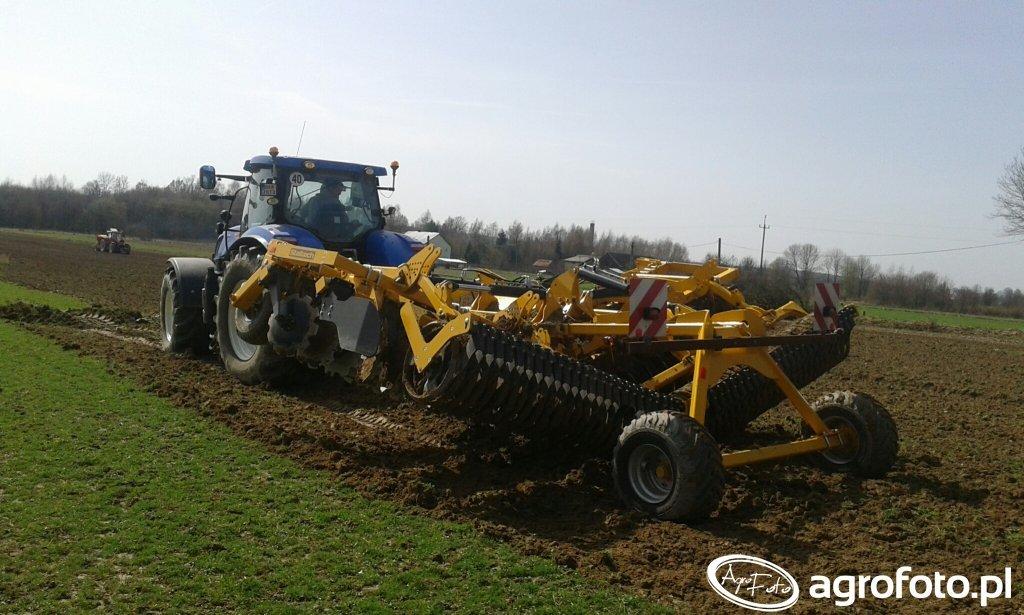 New Holland T7 220 \u0026 Staltech