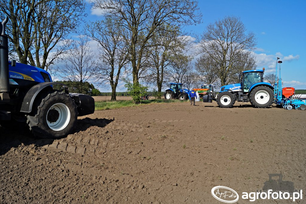 New Holland T7070, T6.175, T6050, TS135A