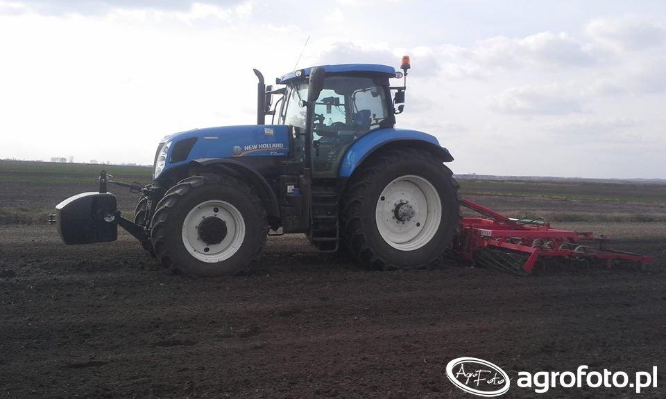 New Holland T7.220AC&Unia Kombi 3.7
