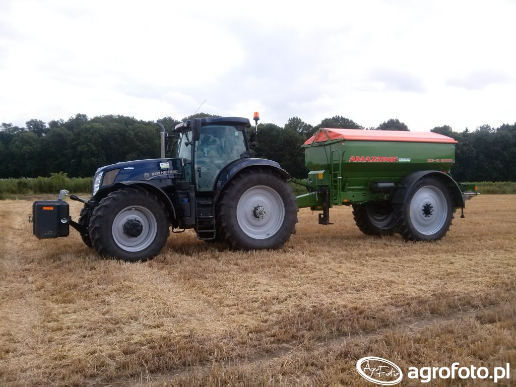 New Holland T7.270 + Amazone ZG-B 8200 Drive