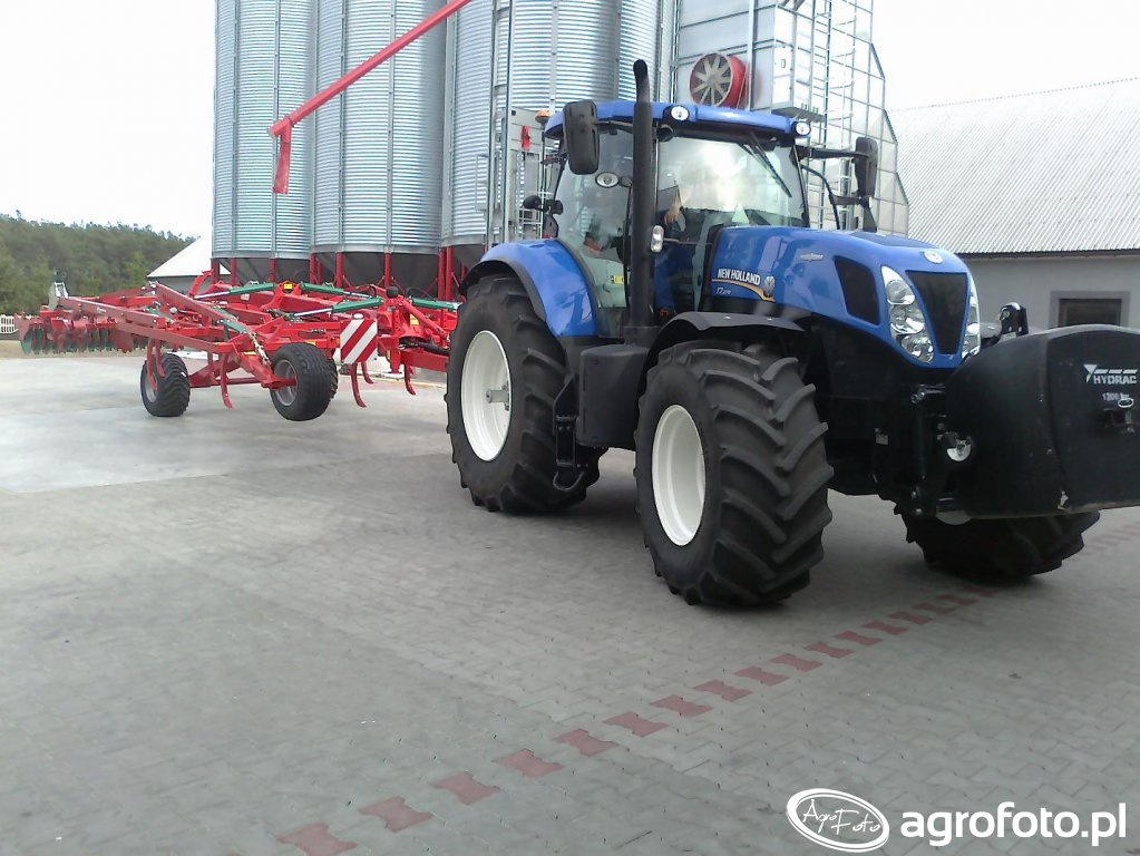 New Holland T7.270 i Kverneland CTC