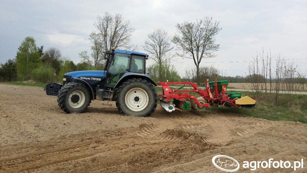New Holland TM165 i Unia