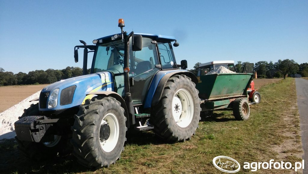 NewHolland T5060