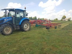 New Holland t4.55 & Kvernelanda 9476c
