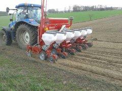 New Holland t6050 + BECKER