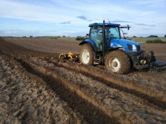 New Holland T6050+staltech 3.5m