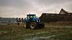New Holland T7060 & Unia IBIS Vario