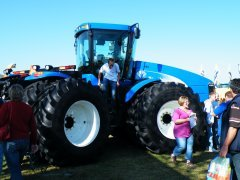 New Holland t9060