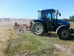 New Holland TD5020 + zgrabiarka nemeyer