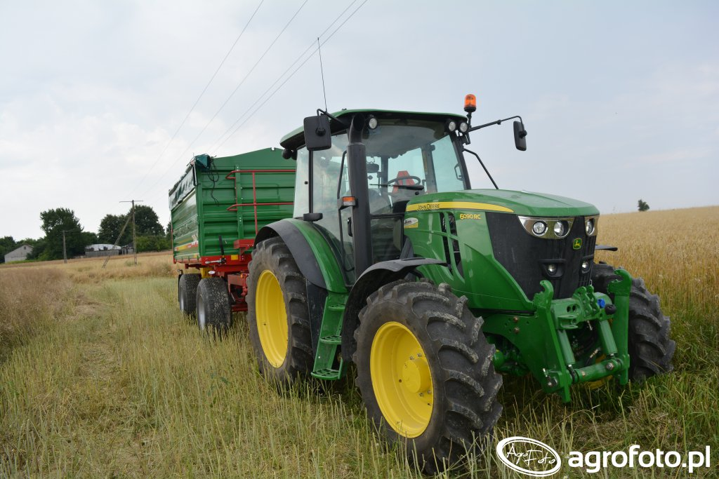 John Deere 6090RC & MetalTech DB 12000