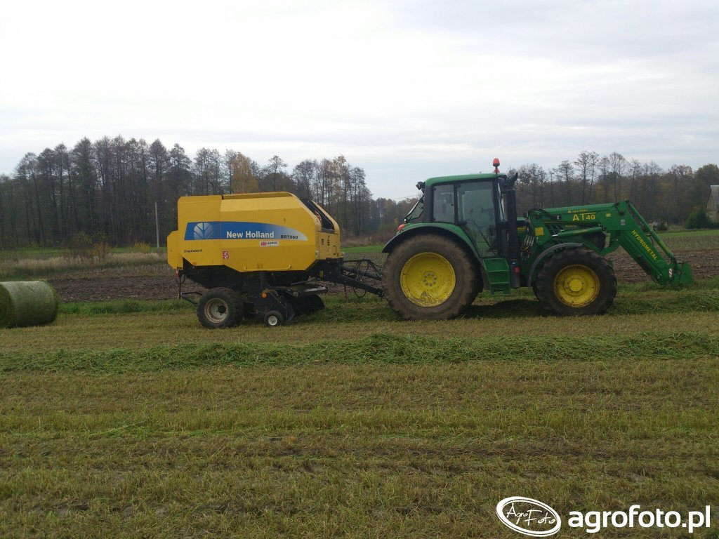 John deere 6125m i New Holland br 7060