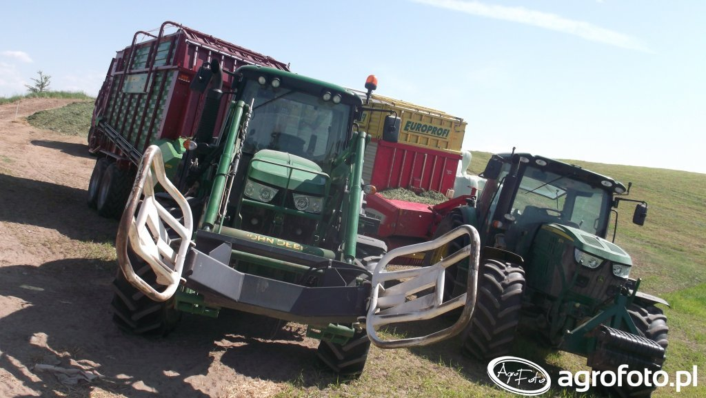 JohnDeere 6115R & 6115M