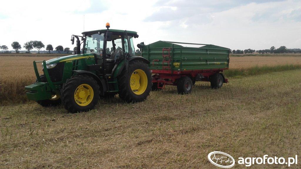 John Deere 5085M + Pronar T672