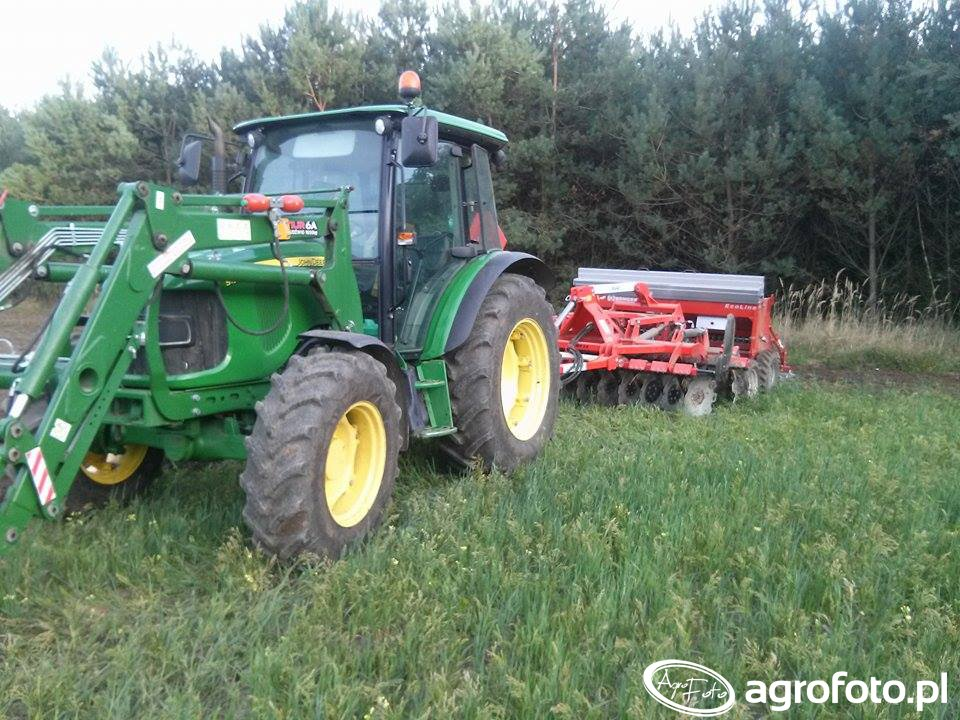 John Deere 5100M&grano-system 3.0 & Kongskilde Ecoline300