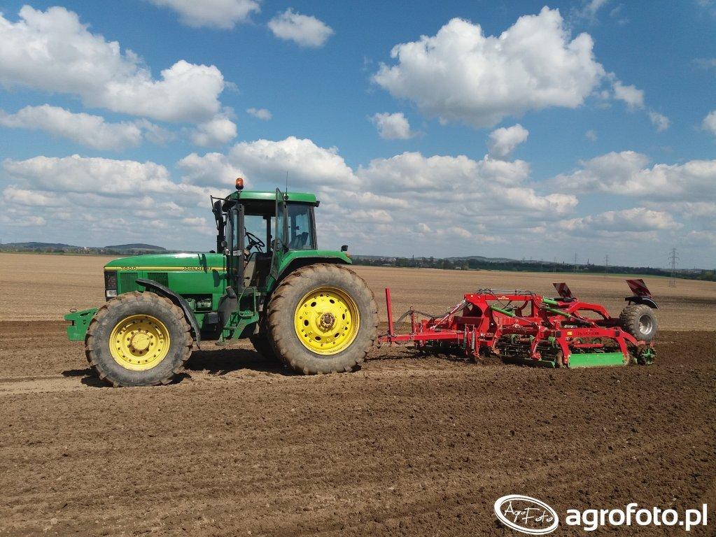 John Deere 7800 + Agro_tom 4,5 UPH