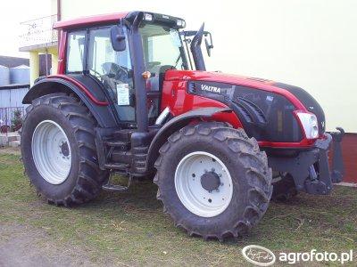 Valtra T133