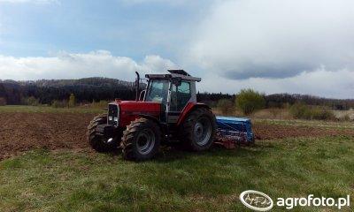 Massey Ferguson 3085 + Lely/ Nordsten