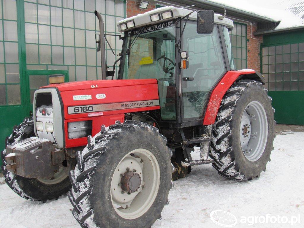 Fotografia traktor MF Massey Ferguson 6160 id:689165 - Galeria