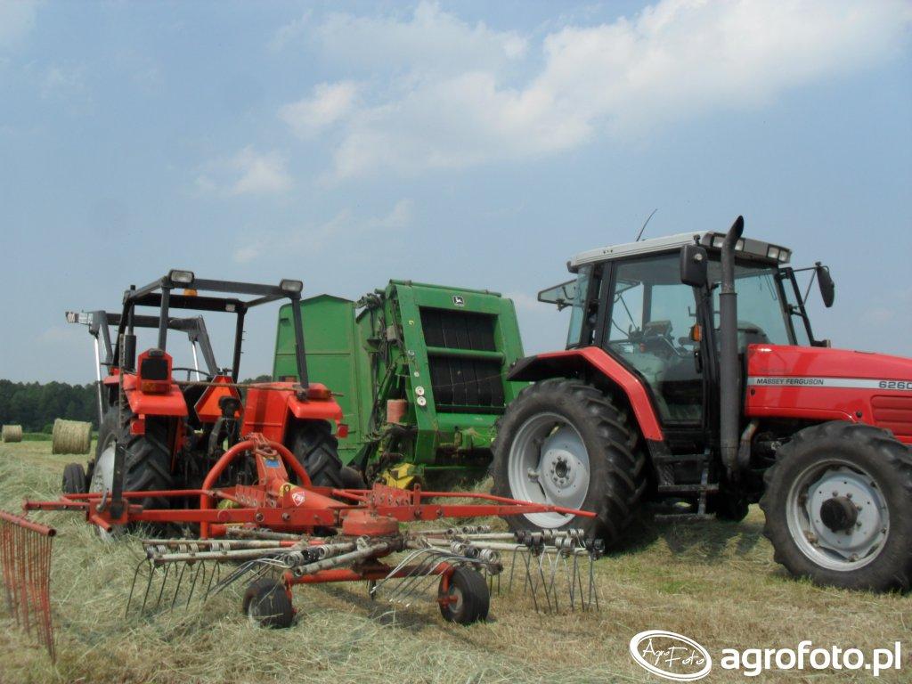 Massey Ferguson 6260 + John Deere 590 & Ursus 3512 + Kuhn GA 301 GM