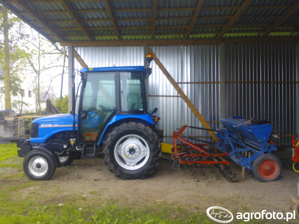 Solis 50 2WD & Agregat Vientzki