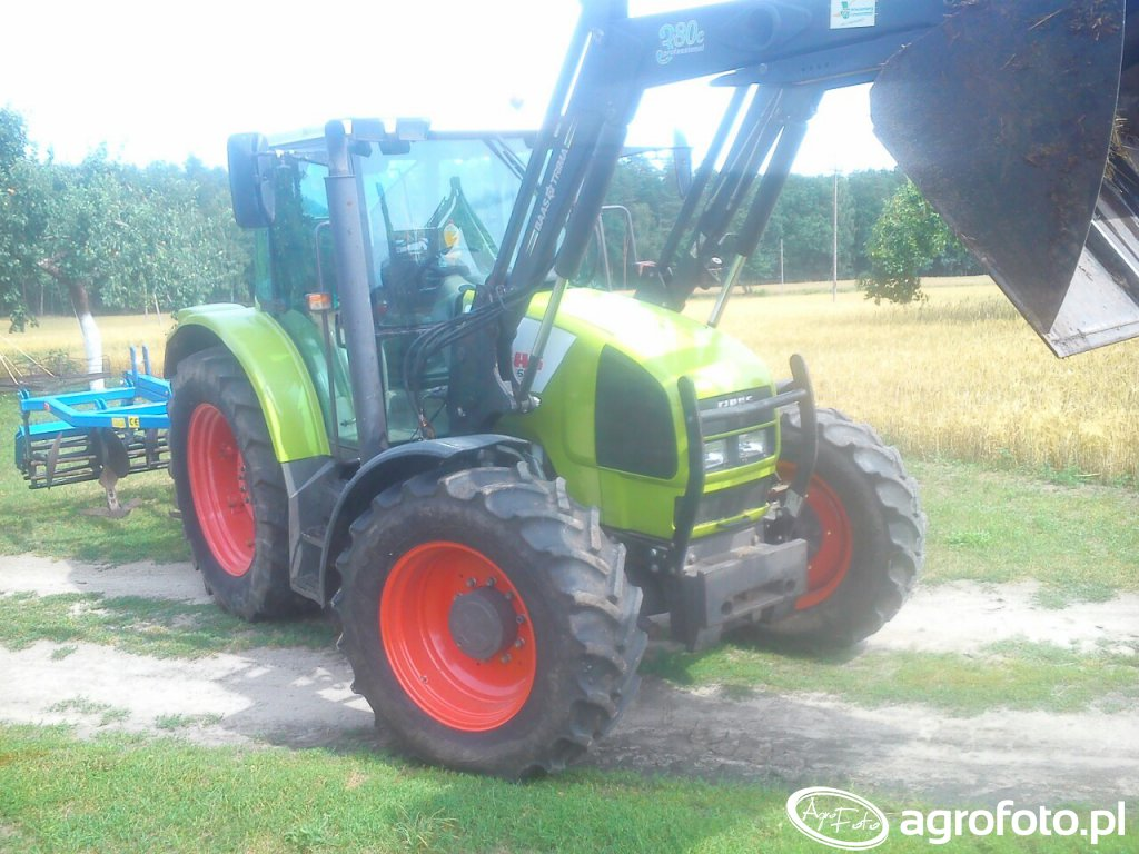 Claas Ares 556