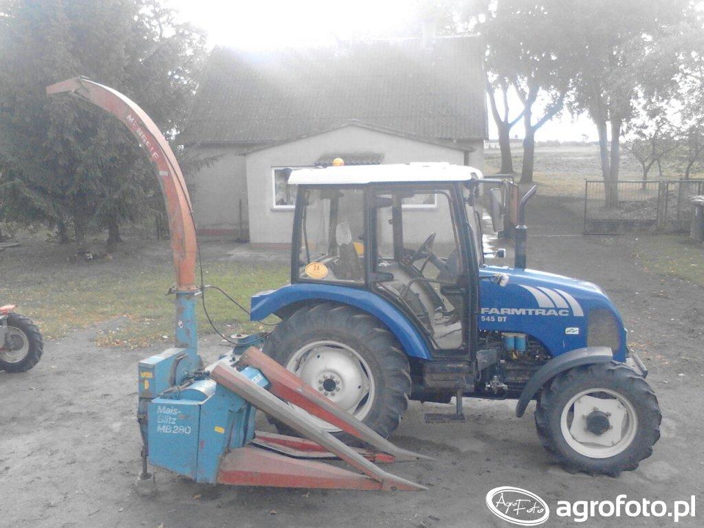 Farmtrac 545 DT z sieczkarnią Mengele MB 280